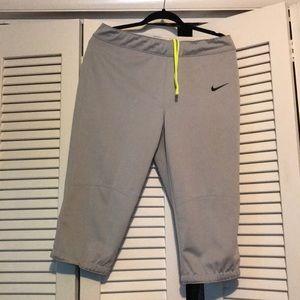 Men's medium Nike Baseball Pants - Like New!